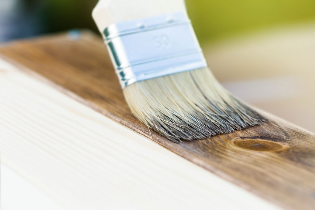 Need to Upgrade Your Deck on a Budget? Consider Deck Refinishing.